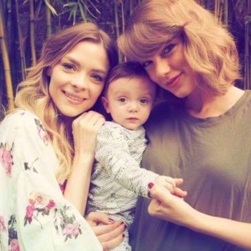 ash blonde hair Taylor Swift