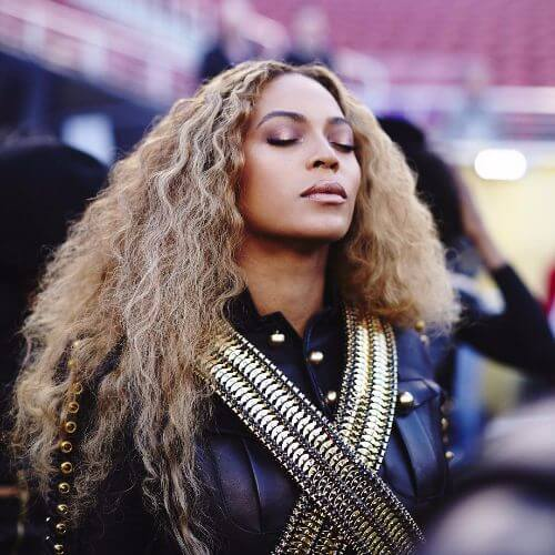 Beyonce long blonde curls