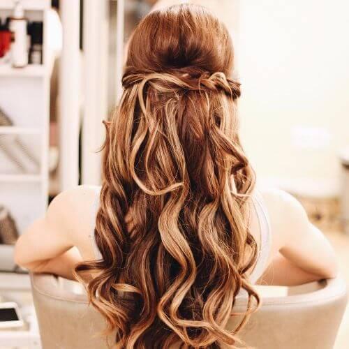 strawberry blonde hair halfdo