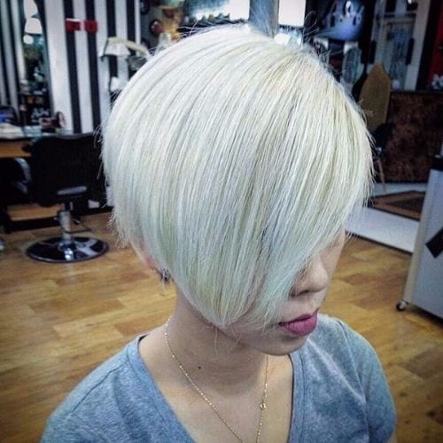 layered bob stacked bob haircut ash blonde hair