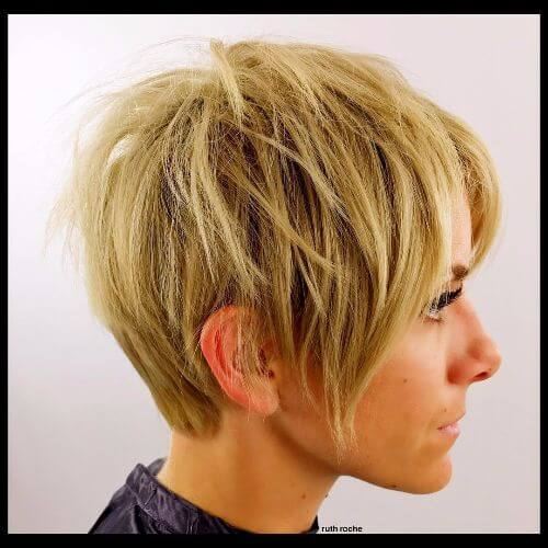 30 Short Layered Hairstyles For Women With Thin Hair