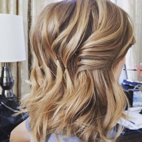blonde caramel hair color in balayage