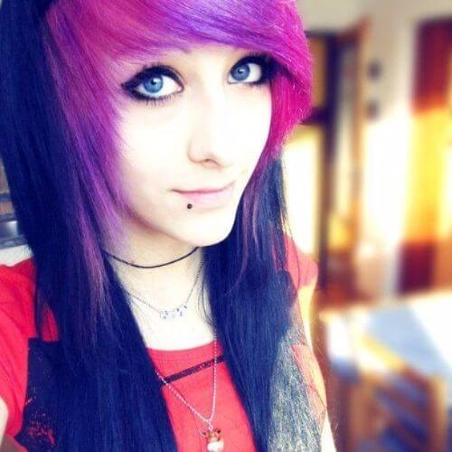 25 Impressive Long Emo Hairstyles for Girls
