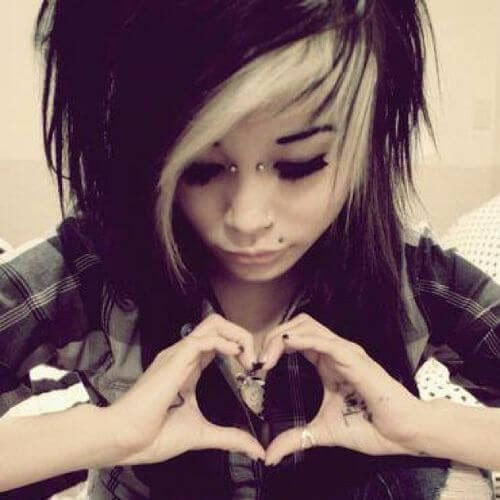 black and blonde emo hair for girls