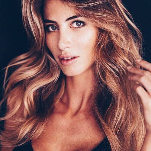 highlights in blonde and chocolate on light brown hair