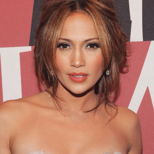 jennifer lopez hairstyle for caramel highlighted hair