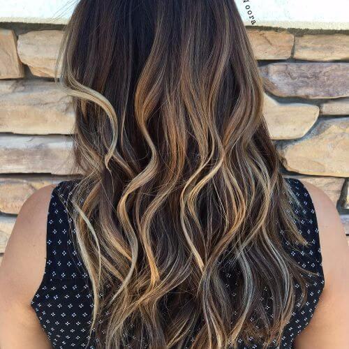 blonde highlights on long wavy brown hair