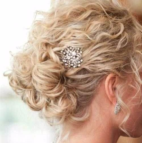 hairstyles for curly hair short embellishments