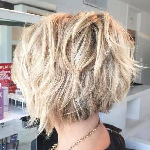 blonde medium bob haircut