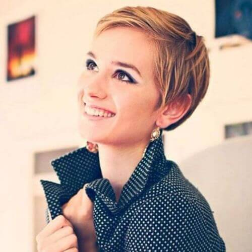 young woman blonde pixie cut