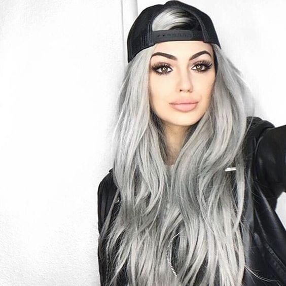grey hair street look baseball cap