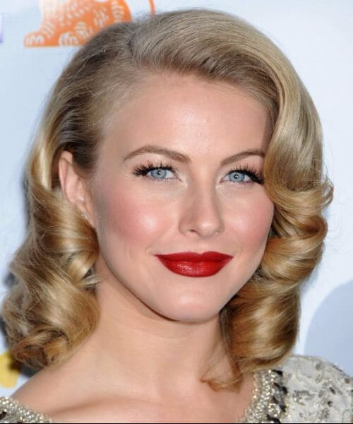 Julianne Hough shoulder length hairstyles