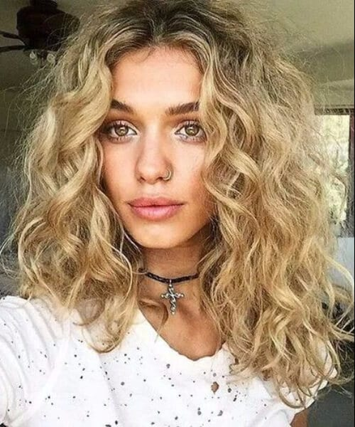 blonde curls shoulder length hairstyles