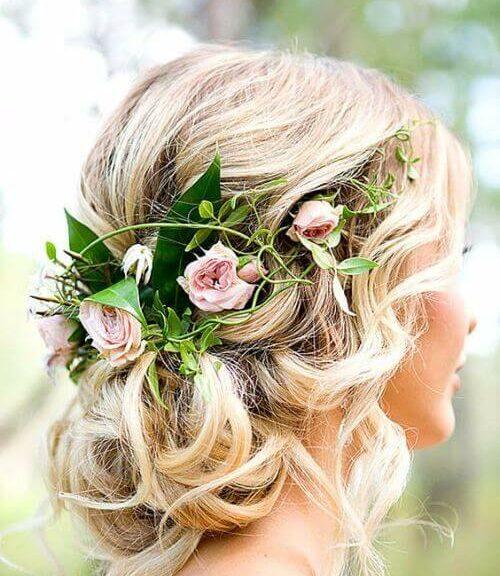 bridesmaids hairsyles fresh pink roses