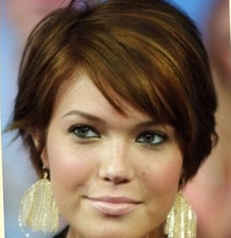 mandy moore haircuts for round faces