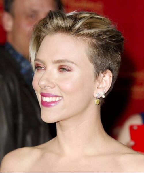 scarlet johansson updos for short hair