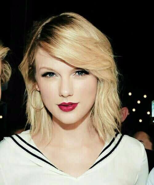 taylor swift short blonde hair
