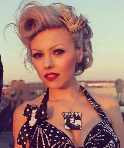 ash blonde pin up hairstyles