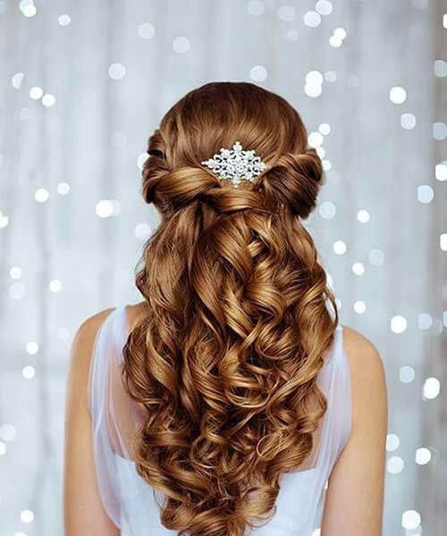 wedding accesory curly long hairstyles