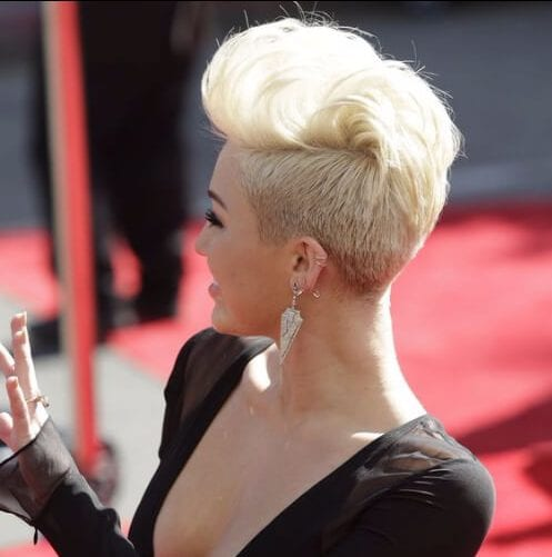 miley cyrus long pixie cut