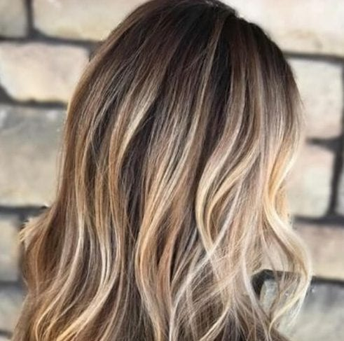 beige and bronde highlights brown hair with blonde highlights