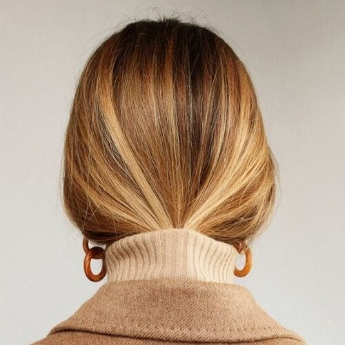 elegant brown hair with blonde highlights