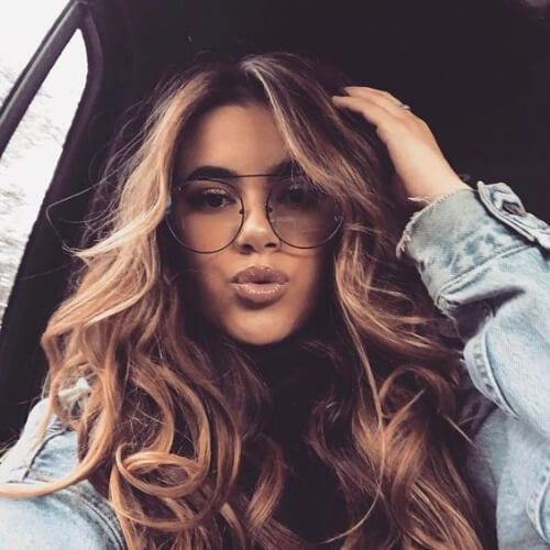 extra volume brown hair with blonde highlights