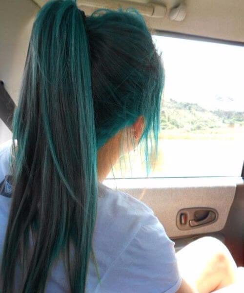 ponytail teal hair color