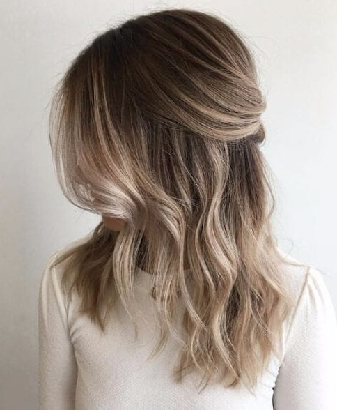 sandy blonde balayage