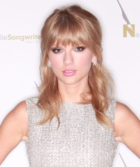 taylor swift hairstyles with bangs