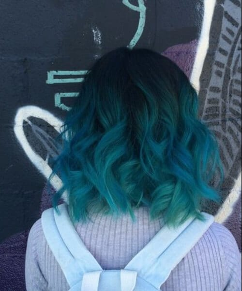 wavy bob teal hair color