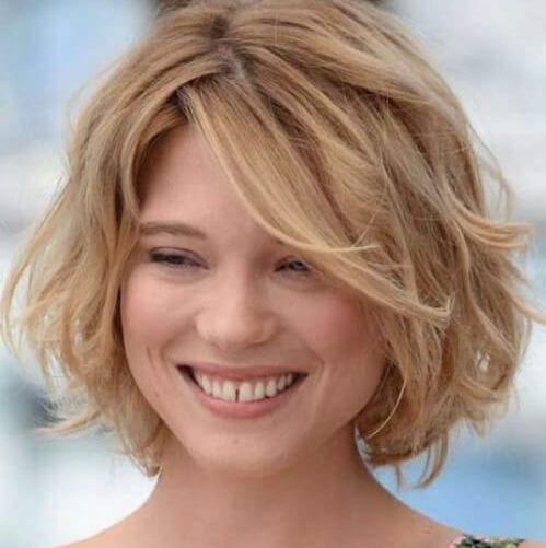 lea seydoux short hairstyles for thick hair