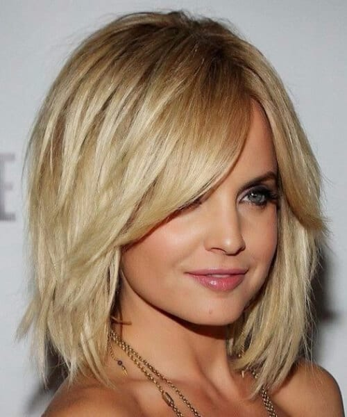 mena suvari side swept bangs