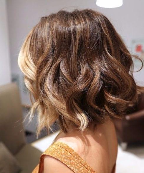 vanilla streak short hair ombre