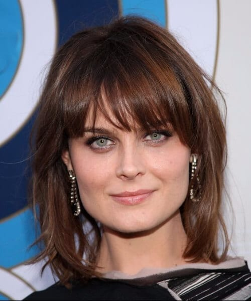 emily deschanel short hair with bangs