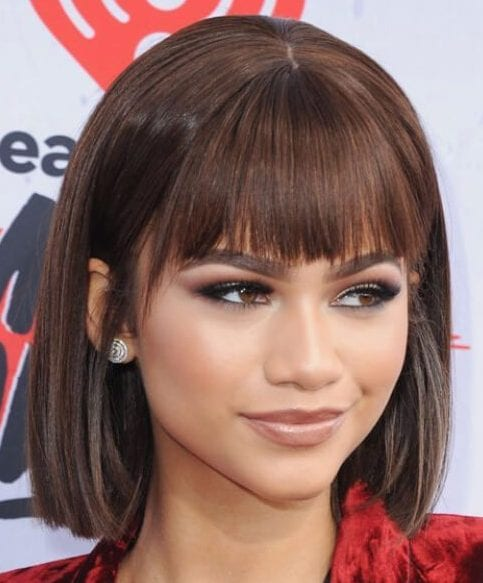 zendaya short hair with bangs