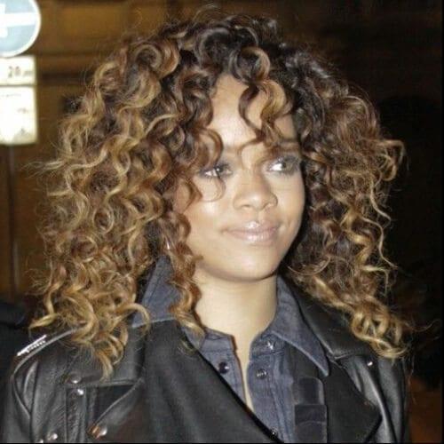 rihanna long curly hairstyles