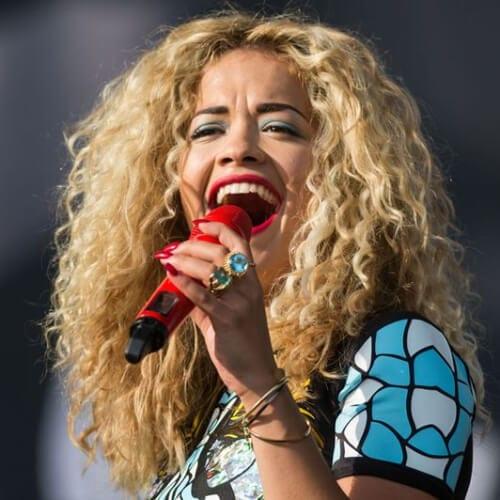 rita ora long curly hairstyles