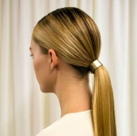 low ponytail hairstyles for straight hair
