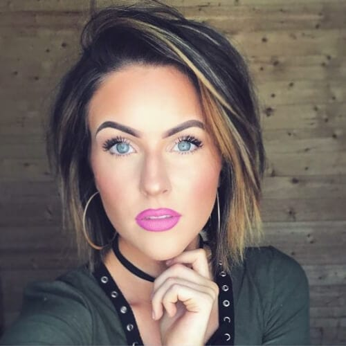 gold blonde short hair with highlights