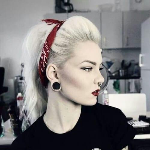 grunge pinup blonde hairstyles