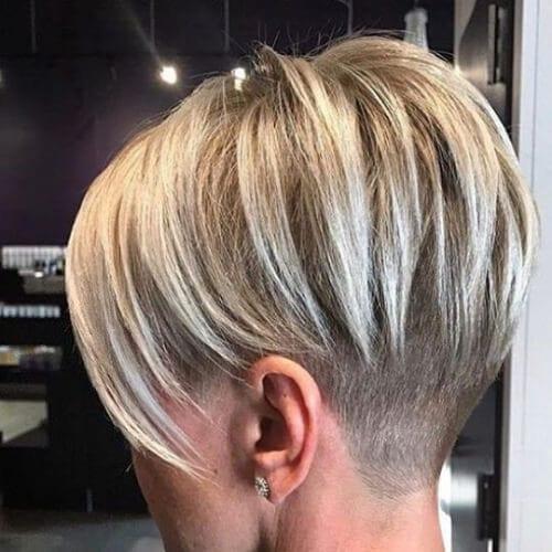 sandy blonde short hair with highlights