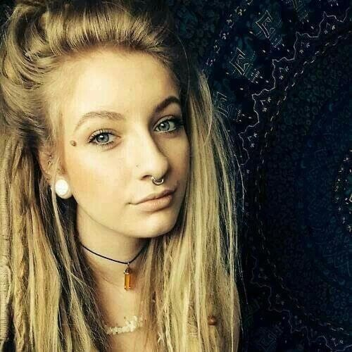 semi dreads blonde hairstyles