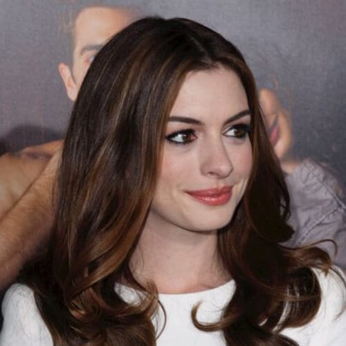 anne hathaway chestnut hair color