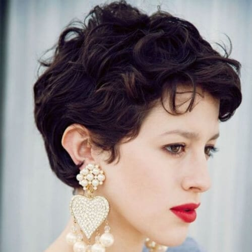 wavy pixie haircuts for thick hair