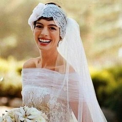 anne hathaway valentino wedding hairstyles for short hair