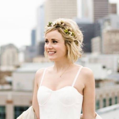 sweet wedding hairstyles for short hair
