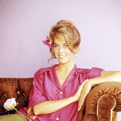 loose bun jane fonda hairstyles