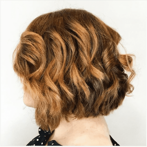 wavy honey caramel bob