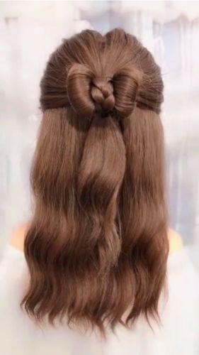 half up hald down bow wavy hair